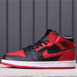 Nike Air Jordan 1 Retro Sonics